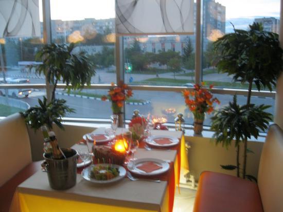 Panorama: Семейный ужин.