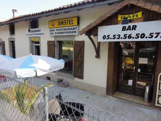 Saint-Estephe, Γαλλία: BAR   RESTAURANT