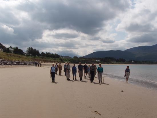 Go Visit Ireland: Beach Walks with www.govisitireland.com