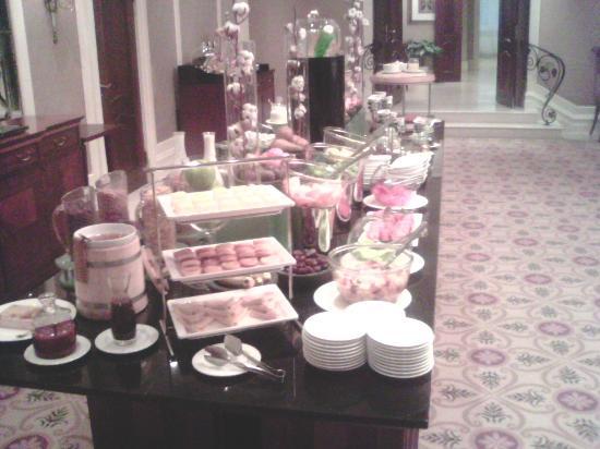 Opera Hotel Image