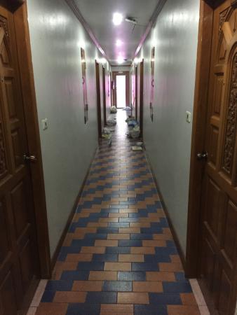 فندق لاماي: Коридор 4 этажа