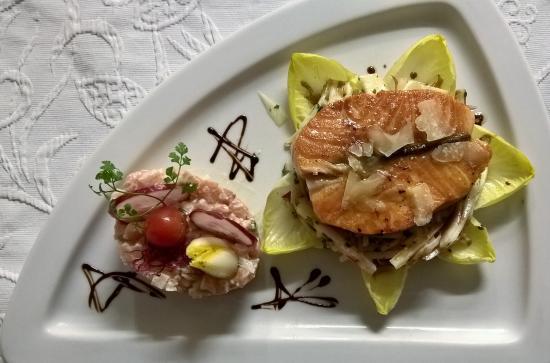 Toul, Francia: Le saumon comme l'aime le Chef.....