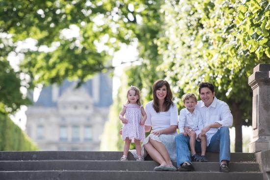 Pictours Paris - Photo Tours: Pictours Paris family photo session