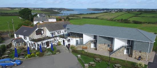 St Issey, UK: The Pickwick Inn & Oliver's Restaurant