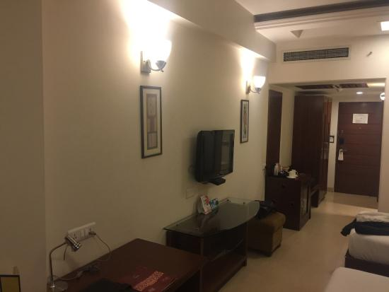 Interior - Lemon Tree Hotel, Baddi Photo