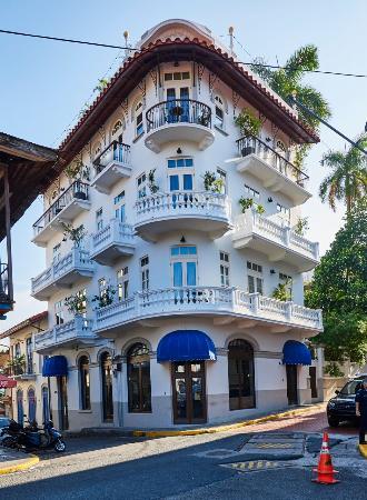 Las Clementinas Hotel: Facade