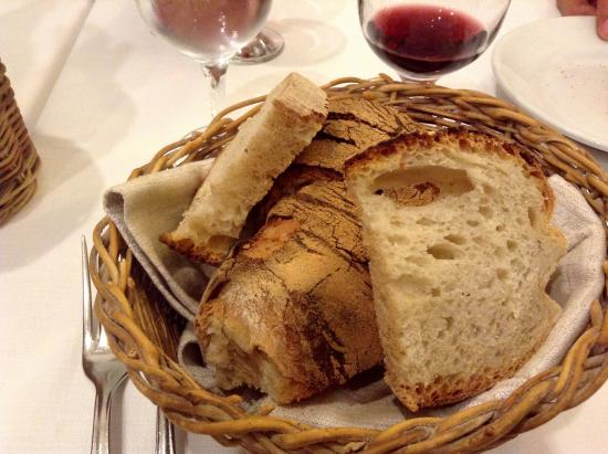 Hostaria Romana: Breadbasket