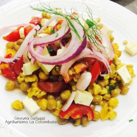 Vicchio, Italien: Insalata di cereali e legumi Bio di nostra produzione