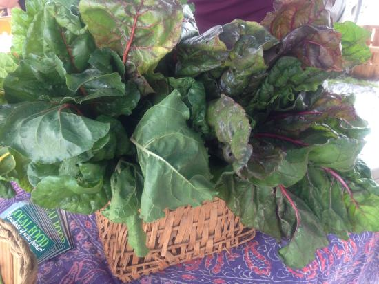 Burnsville, Carolina del Norte: Lots of fresh local veggies!