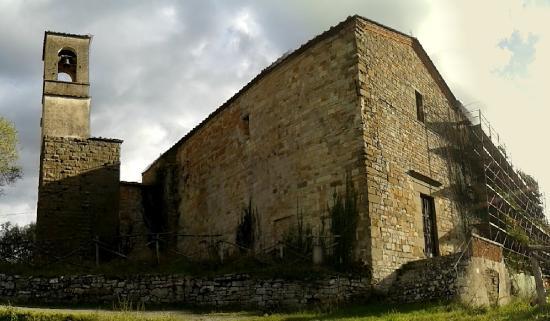 Province of Arezzo, Italia: Esterno con campanile