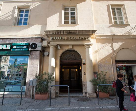 Due colonne hotel reviews price comparison cagliari for Comcaisson colonne cuisine