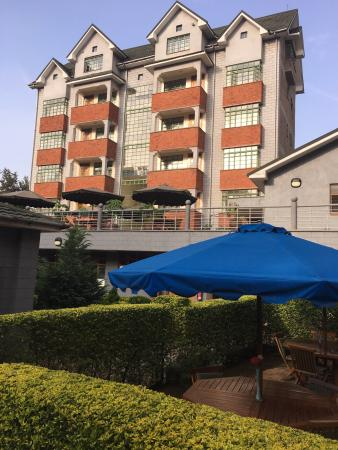 Ole Dume Serviced Apartments Hotel: Hotel exterior