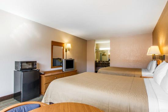 Econo Lodge Oklahoma City: double bed