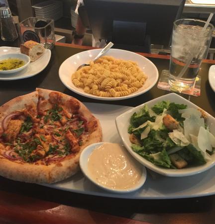 Laguna Hills Mall California Pizza Kitchen