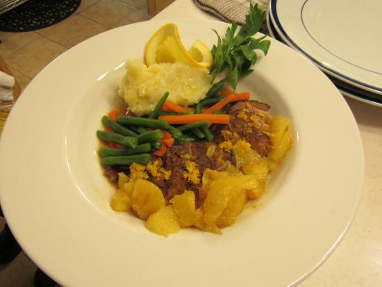 Port Stanley, Kanada: Saturday night dinner, Winter Series, Thanksgiving until Easter only