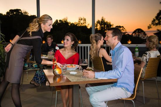 View Restaurant: Intimate Dining