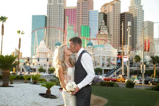 Tropicana Lv Weddings Las Vegas Strip Walking Tour By