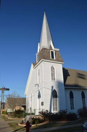 ‪First Presbyterian Church‬