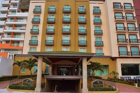 Villa Florida Hotel & Suites: FACHADA VILLA