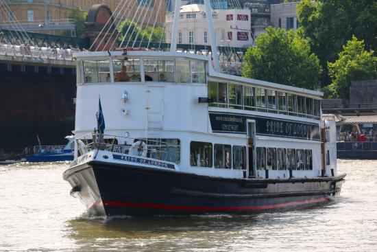 Royaume-Uni : The MV Pride of London can comfortably carry a maximum of 250 passengers.