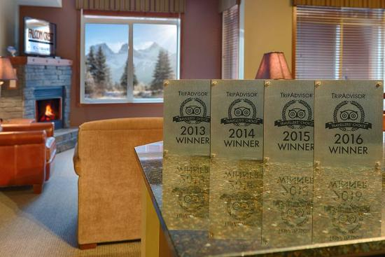 Falcon Crest Lodge by CLIQUE : Travelers Choice Awards 2016
