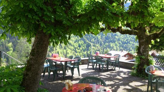 Habkern - Hotel Bären - lauschige Terrasse