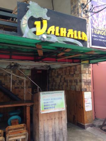 Vahalla's Bar