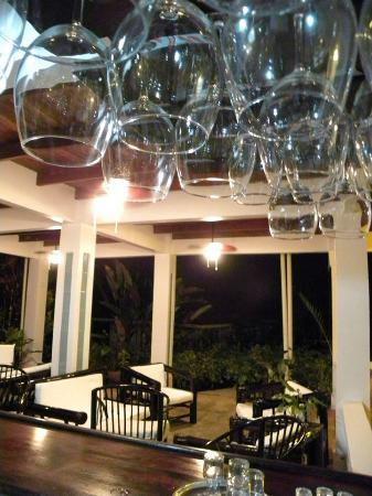 Ojochal, Costa Rica: Salsa from the Bar
