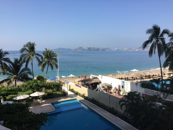 Playa Icacos: Beutiful bay
