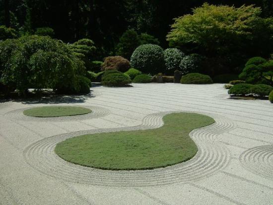 Lovely Portland Japanese Garden: Zen Rock Garden Portland Oregon