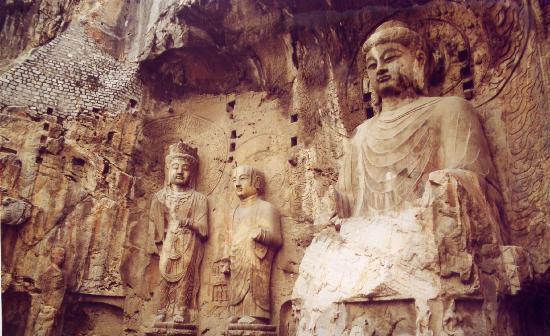 Luoyang, Cina: Longmen Caves