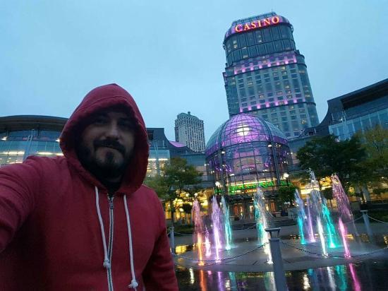 Fallsview Casino Resort: FB_IMG_1453956453643_large.jpg