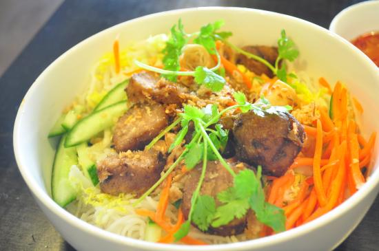Tan Truc Giang Restaurant