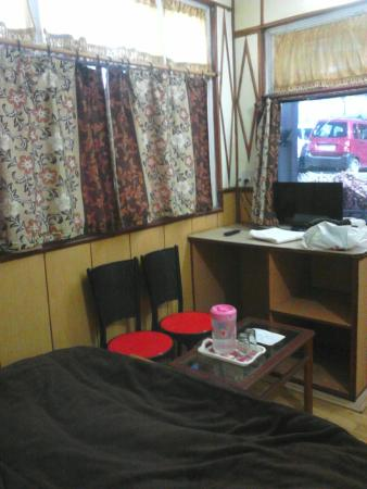 Ashok Hotel: Room
