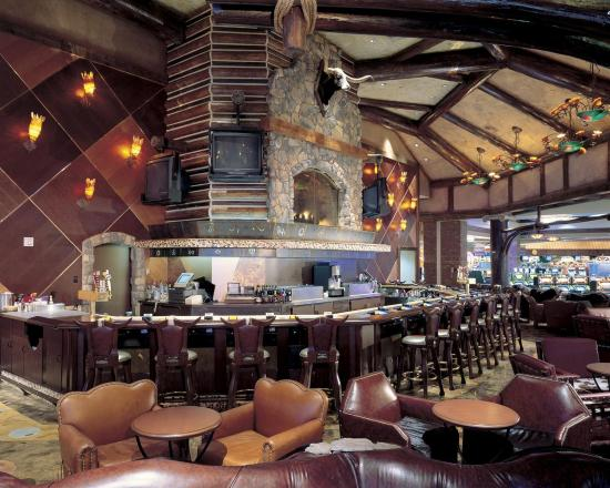 Texas Station Gambling Hall and Hotel: Bar Lounge