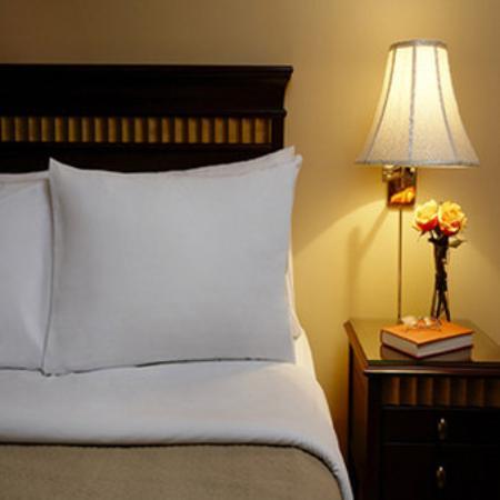 Rosellen Suites At Stanley Park: Two Bedroom Director