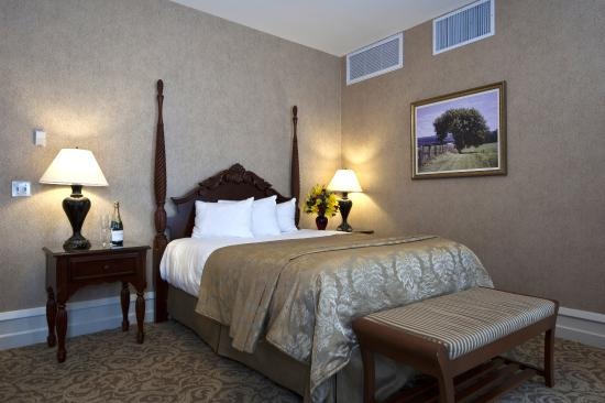 Deluxe Queen Room, French Lick Springs Hotel