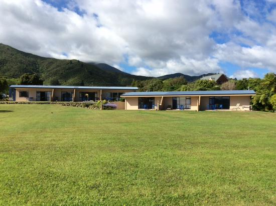 great units picture of bay vista waterfront motel picton rh tripadvisor in