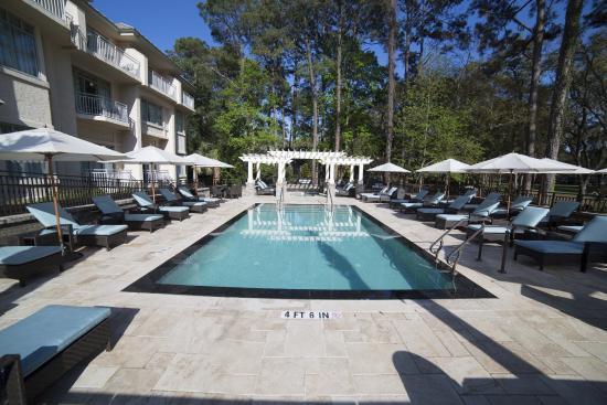 Inn Club At Harbour Town Sea Pines Resort Pool