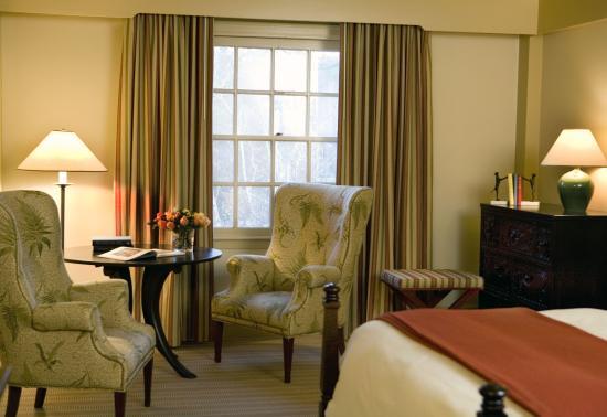 Woodstock Inn and Resort: Main Inn King Bed