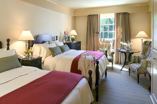 Woodstock Inn and Resort: Main Inn Double Bed