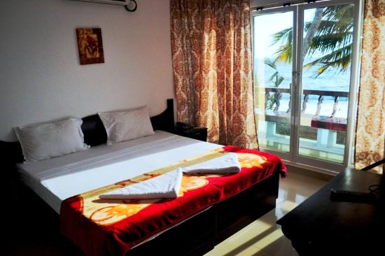 Palm Beach Resort: Sea View Bedroom