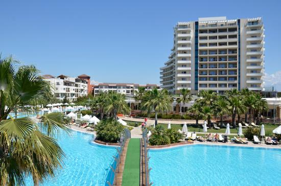 Barut Lara: General View