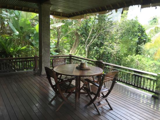 Villa Pranashanti: A real good experience ! Many thanks to all the staff. Do not hesitate to ask Wayan (manager)...