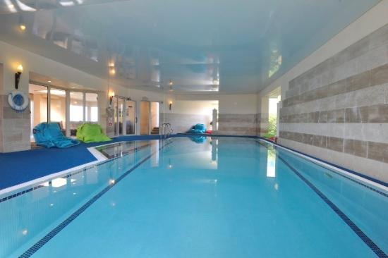 Indoor Swimming Pool Picture Of The Leisure Club Spa At Polurrian Bay Hotel Mullion