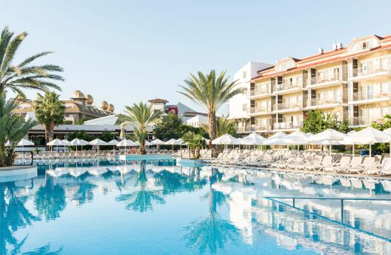 Family Life Side by Barut Hotels: Pool