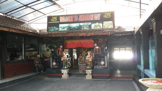 Jimbaran Bay Seafood Restaurant: RENTAL MOBIL DI BALI MURAH | Bali Chandra