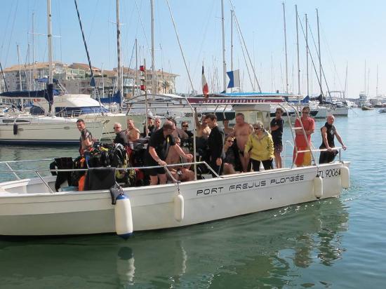 Port Frejus Plongee: retour plongée