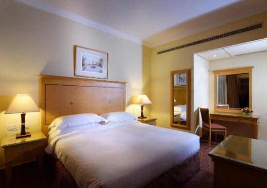 suite 2 bedrooms master bedroom picture of gefinor rotana hotel rh tripadvisor com