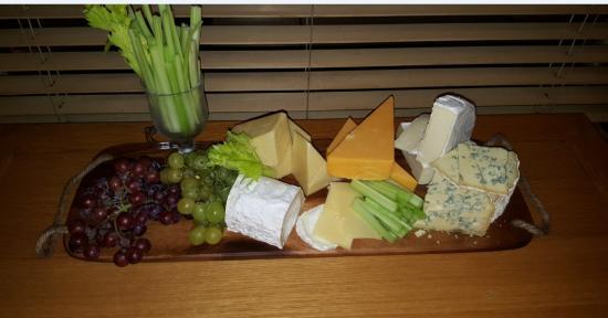 بريتانيا هوتل بولتون: Cheese Board